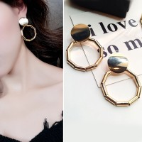 Anting Korea Retro Wild Tide Earrings J4U402