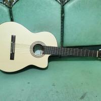 gitar classic yamaha c315 coak natural bahan cyprus trusrod murah