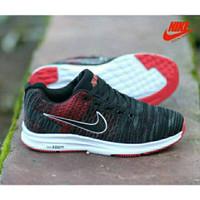 Sepatu Sneakers Pria/Wanita Nike Zoom Warna Hitam Merah