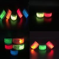 WL Gelang Tangan dengan Lampu LED Menyala untuk Olahraga Lari
