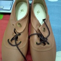 Flat Shoes - Brown