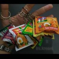 Gantungan kunci Miniatur Indomie