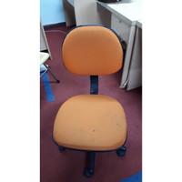 Kursi Kantor Kursi Belajar Bekas (Khusus Jakarta) - Orange