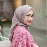 Jilbab Kerudung Instan Syari Segi Empat Square Polos Motif Murah Baru