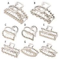 Jepit Rambut Aksen Berlian Imitasi untuk Wanita