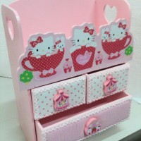 laci 3 seri kitty