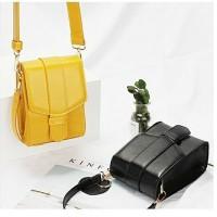 Grosir supplier import tas unik wanita selempang mini branded slingbag