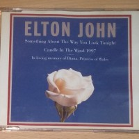 Jual Cd Elton John Something About The Way You Look Tonight Singles Jakarta Timur Musium Musik Store Tokopedia