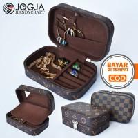 Kotak Penyimpanan Emas & Tempat Perhiasan + Cicin Kalung Gelang Travel