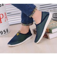 KST Sepatu Slip On Mesh Pria Size 39 - Green/Blue