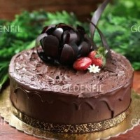 Goldenfil Chocolate Crunchy 1kg ( selai coklat krispy utk roti kue )