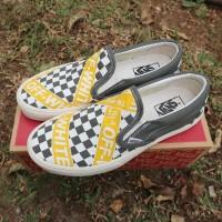 sepatu vans slip on x off white checkerboard premium import termurah