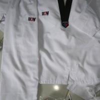 Dobok Seragam Taekwondo Kerah Hitam Diamond Bow Senior Flash Sale