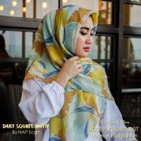 Hijab Daily Square Motif Sunkist Pollycotton PM 28