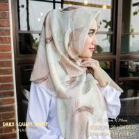 Hijab Daily Square Motif Choco Pollycotton PM 28