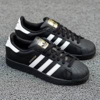 adidas superstar original black