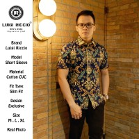 Batik Pria Premium Slimfit Lengan Pendek by Luigi Riccio