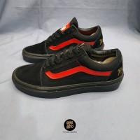 Sneakers Vans Old Skool Disney Mickey Mouse Club Black/Red Women