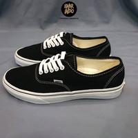 Sneakers Vans Authentic Classic Black/White Sepatu Wanita dan Pria