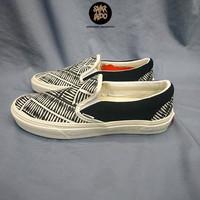 Sneakers Vans Slip On x Off Spring Marshmallow Black/White