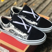 Sneakers Vans Old Skool Forgotten Bones Black/White