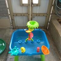 elc water table mainan anak air mancur bekas