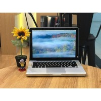 Apple MacBook Pro 13 inchi