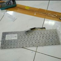 Keyboard Samsung NP300E5V