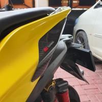 body protector yamaha aerox..v2 new model..carbon kevlar asli..