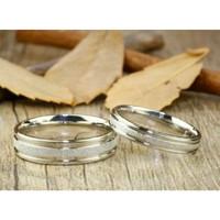 sepasang cincin kawin murah banget