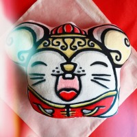 Souvenir Imlek Boneka Bantal Doodle Mouse Kado Hadiah Chinese New Year