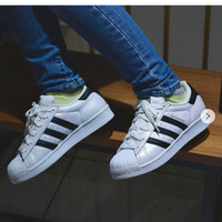ADIDAS SUPERSTAR PEARLIZED HOLOGRAM WHITE/CORE BLACK