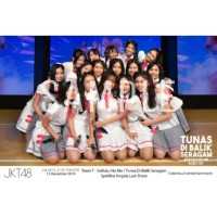 JKT48 Group Shot Graduation Syahfira Angela