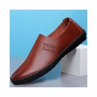 Sepatu Loafers Slip-On Casual untuk Pria