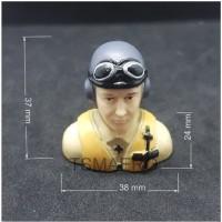 Boneka Pilot penerbang WWII Germany Luftwaffe Pilot 373824 yellow