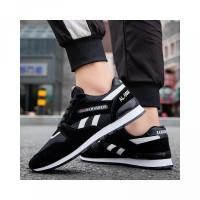 2020 Sepatu Running Pria Sneakers Adidas Style Olahraga Sepatu Bernapa
