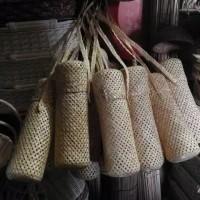 tas bambu , tas tumbler rustik , tempat botol bambu