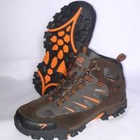 Sepatu Gunung SNTA 493 Brown Orange