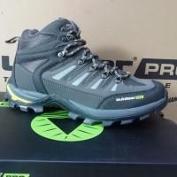 Sepatu Gunung Outdoor Pro Lynk Original Bergaransi