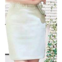 Rok Span pendek khusus putih