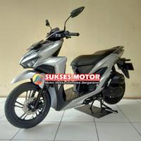 Honda Vario 150 New Keyless Tahun 2019 Warna Silver MTR200100241