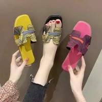 BEST SELLER Sandal Wanita Printing Abstrak TERLARIS