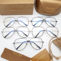 Kacamata Gucci wanita
