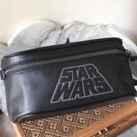 tas pinggang coach pria star wars belt bag signature hitam original