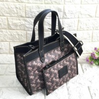 COACH Field 30 With Horse and Carriage Print