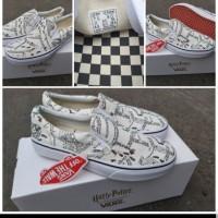 Sepatu Vans X Harry Potter Slip On Marauders