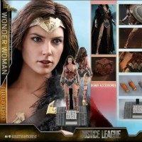 Hot toys Wonder Women Justice League Deluxe Version