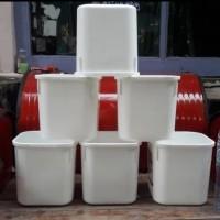 Ember kotak bekas es krim ice cream 8 liter