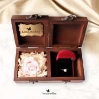 cincin berlian kotak