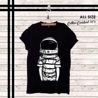 T-shirt Astronaut Black / Baju Kaos Distro Pria Wanita Cotton 30s